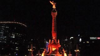 Iluminan CDMX de color naranja contra la violencia hacia las mujeres y las niñas